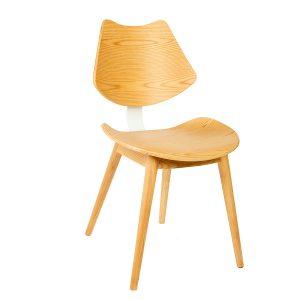 כסא מעץ טבעי בעיצוב רטרו דגם מוי